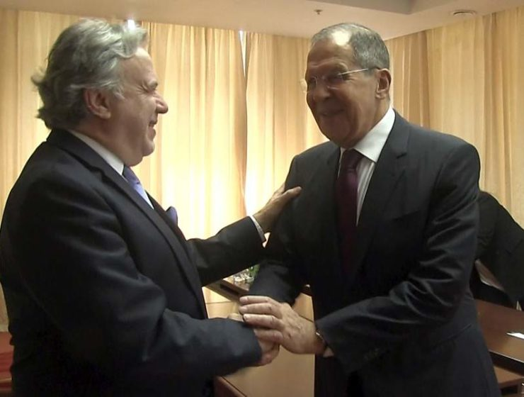 Greece and Russia affirm desire to strengthen ties 1