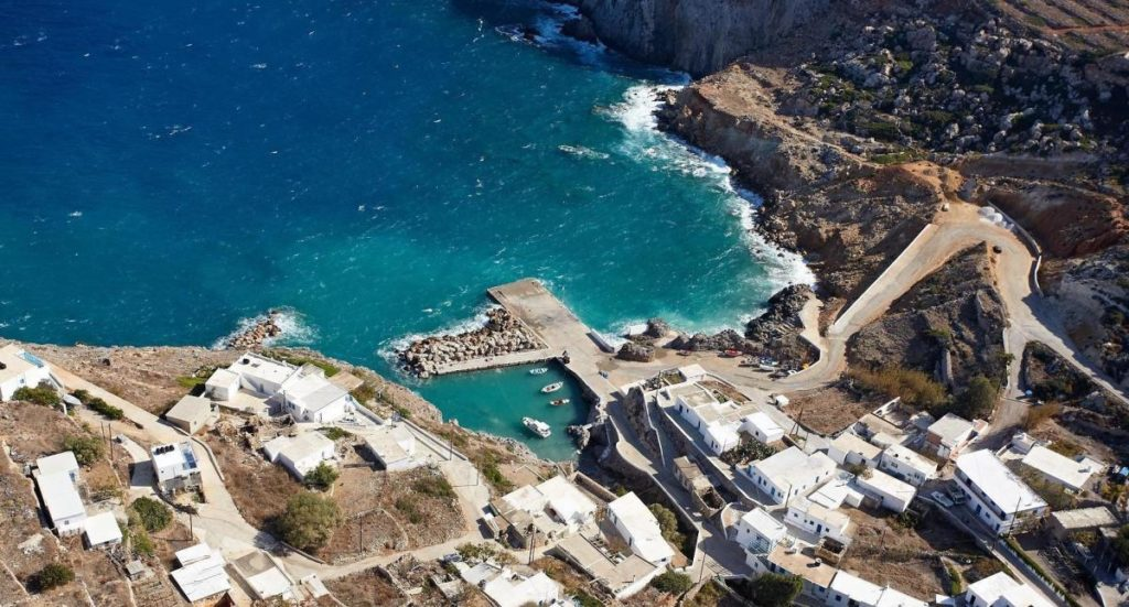 A beautiful Greek island that will pay you to live here 4