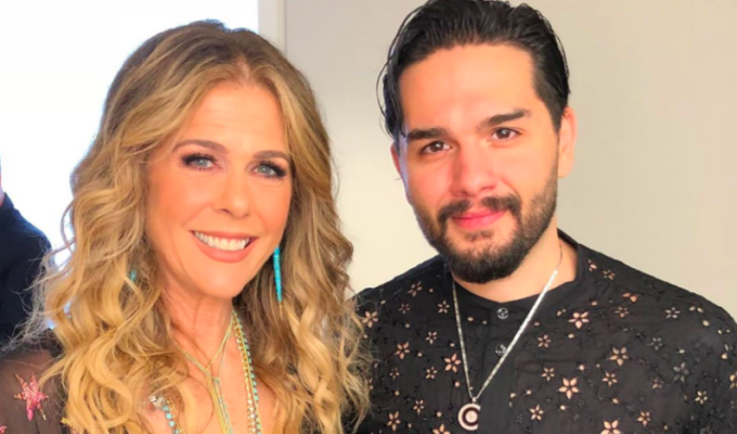 Rita Wilson and Greek artist Christos Mastoras collaborate on new song titled 'Let Me Be' 3
