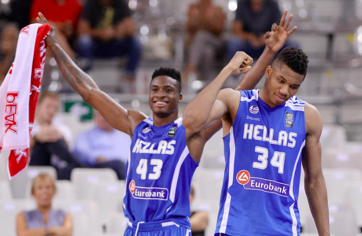 'Greek Freak's' brother Thanasis signs contract with Milwaukee Bucks 11