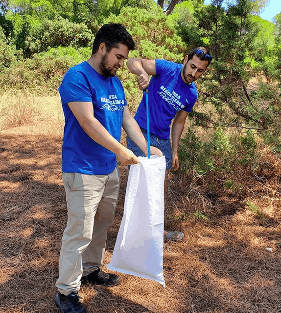 National Hellenic Student Association fights plastic and trash pollution in Athens 2