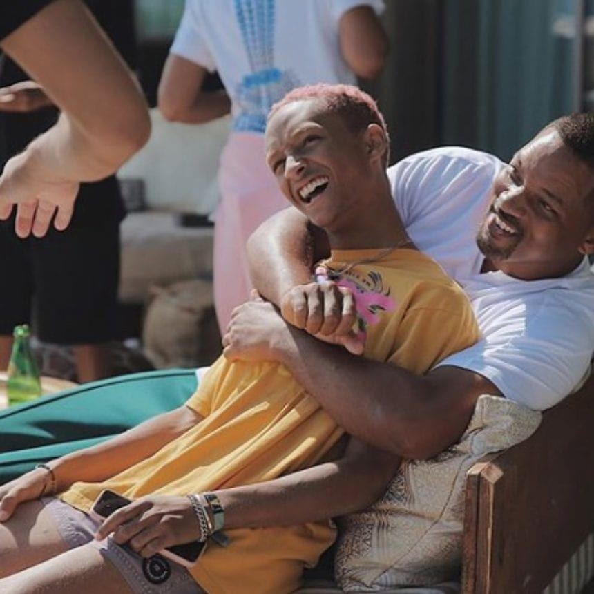 Will Smith sails around the Greek islands with his family (VIDEO) 2
