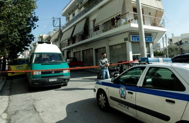 Man murders his 37-year-old mate in Peristeri, Athens  13
