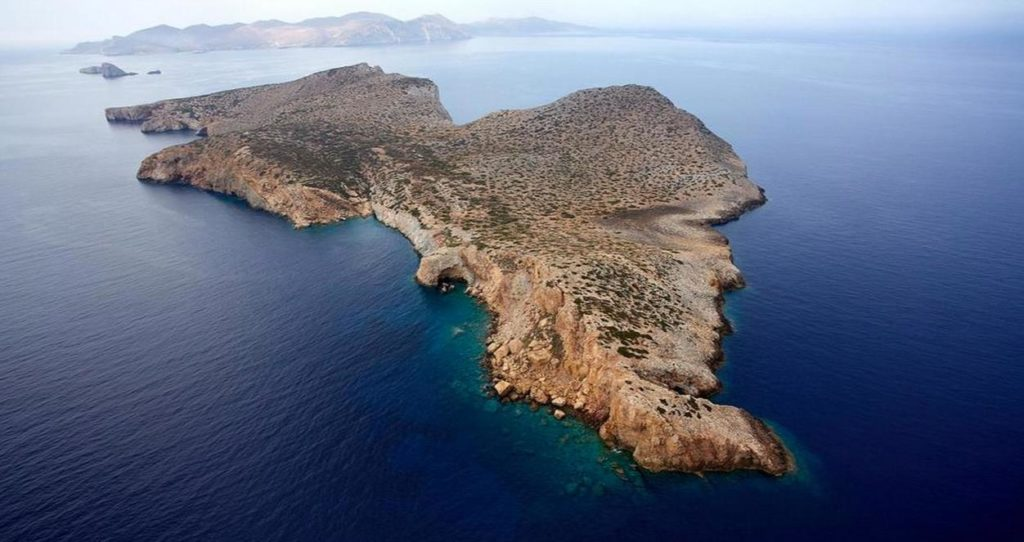Stunning Cycladic island could be yours for 5 million euro 5