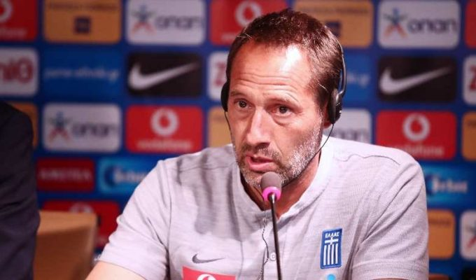 "John van 't Schip states that ""passion has to return to the team"" 5"