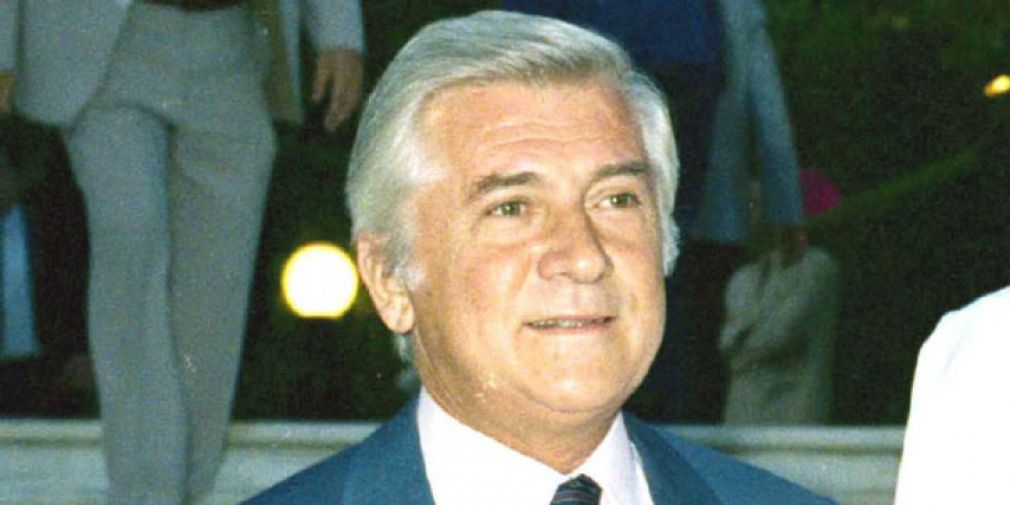 Athens' new Mayor Bakoyannis sends touching message to his late Dad, who was killed 30 years ago today 3