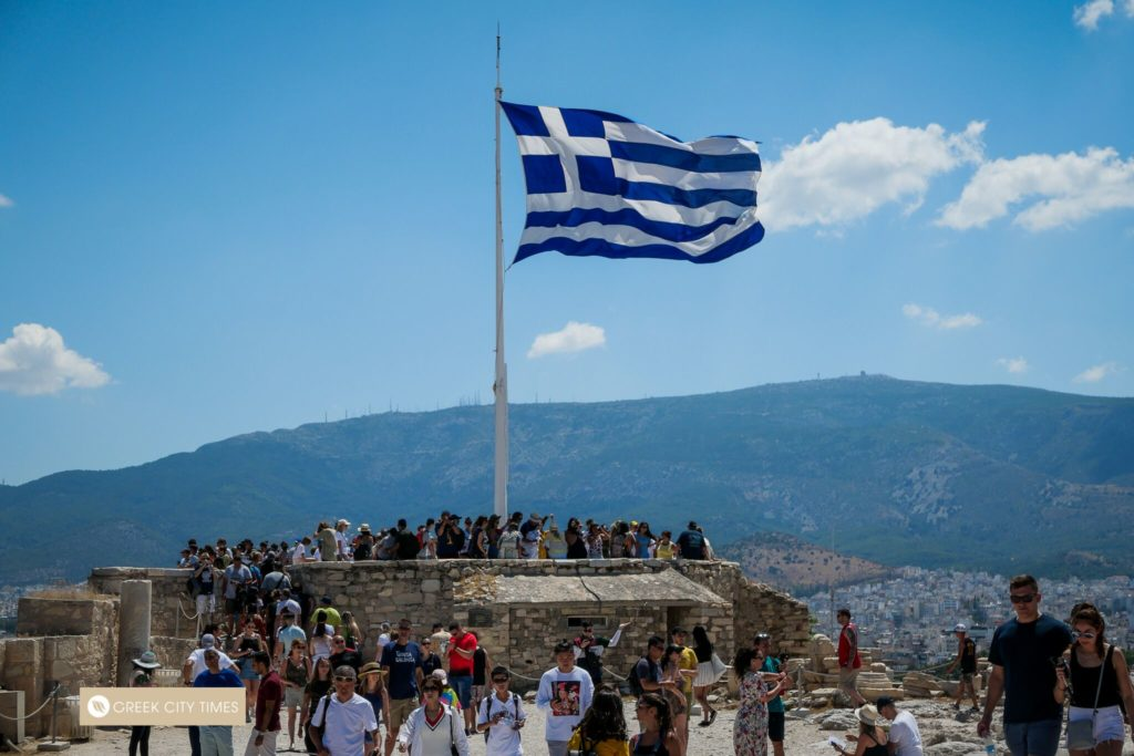 Exploring the Centre of Athens in Two Days 9