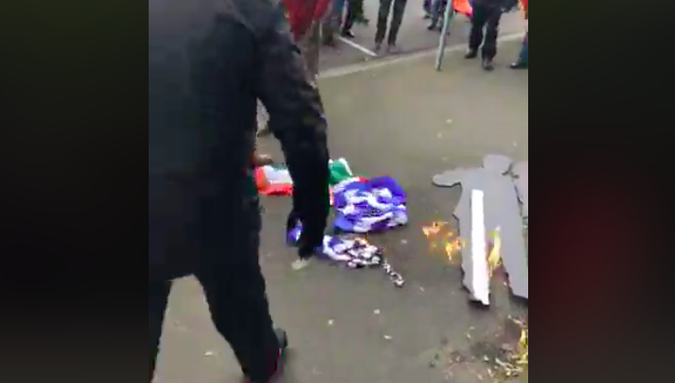 Skopje protestors set Greek flag on fire in heart of Melbourne (VIDEO) 9