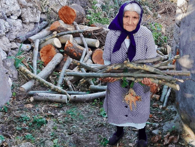 92-year-old Yiayia Emilia from the Peloponesse collects her own olives and wood 5