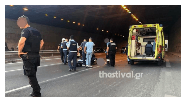 Tragedy in Thessaloniki, as man jumps to his death and lands on motorcyclist    35