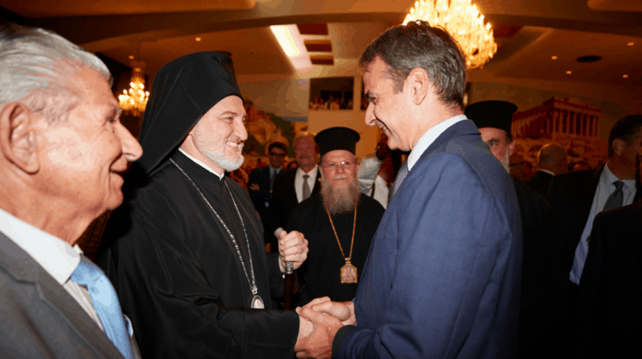 PM Mitsotakis visits Astoria, the heart of the Greek community in NYC (VIDEO)  3