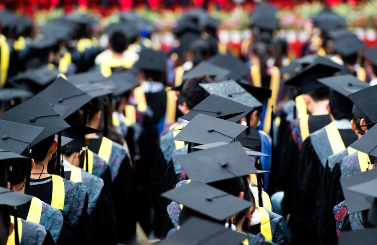 Greek uni graduates have highest unemployment rate 20