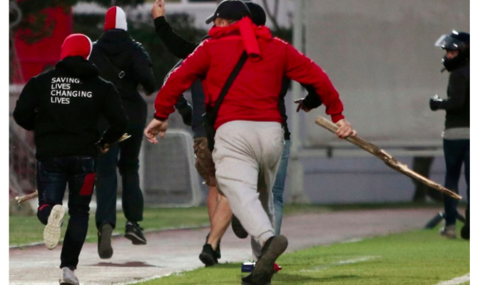 Bayern Munich fans attacked in Athens by Olympiakos supporters (VIDEO) 4
