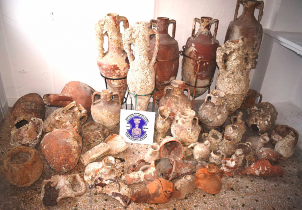 Greek police arrest 3 men in Kalymnos with possession of Ancient Greek artifacts 2