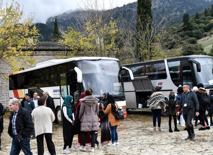 """Migrants leave Monastery accommodation in the Peloponnese saying conditions were """"not good"""" (VIDEO) 1"""