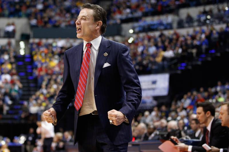 American basketball coach Rick Pitino says he'll coach Greece's national team for free 2