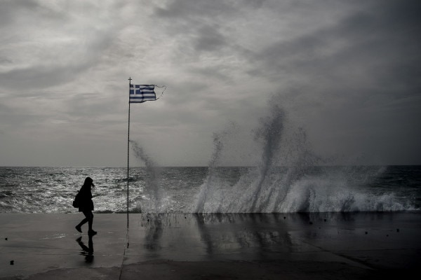 "Severe weather warning across the country as hailstorm ""Victoria"" hits Greece 5"