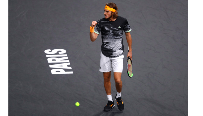 Greece's Tsitsipas advances to quarterfinals of Paris Masters 4