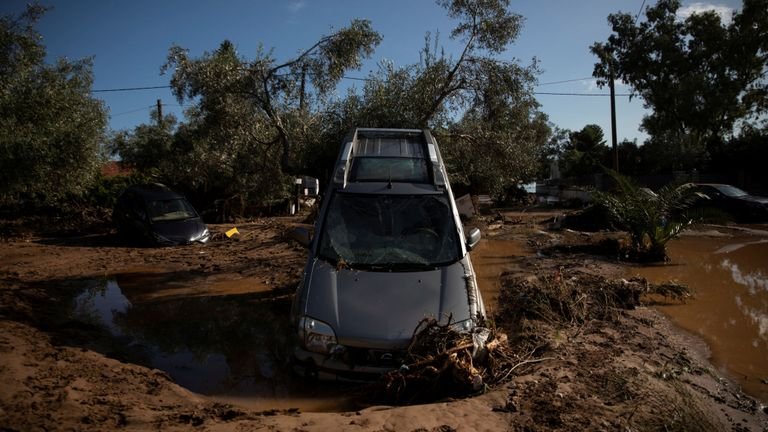 Four people tragically die in deadly storms that hit Greece 4