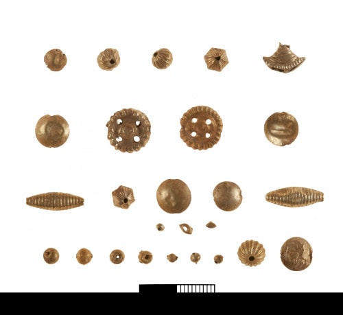 Archaeologists discover new treasures from flourishing Minoan Settlement on Crete 10