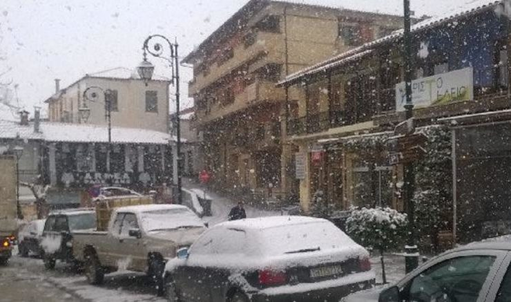 Metsovo receives first enchanting snow for the season (VIDEO) 9