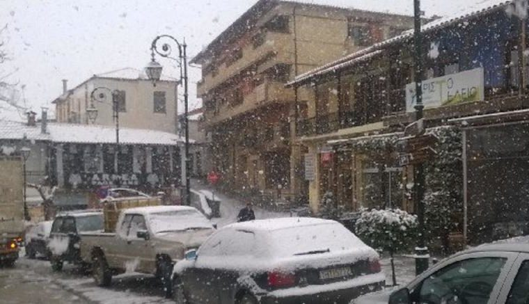 Metsovo receives first enchanting snow for the season (VIDEO) 1