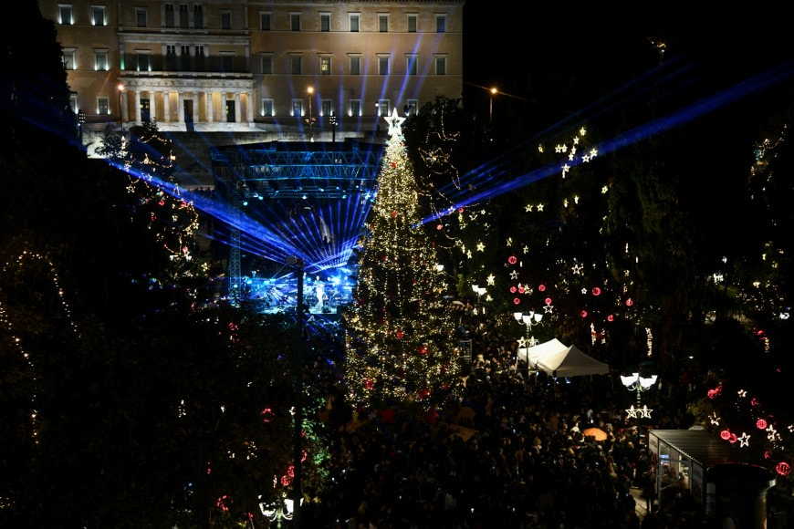 Athens' official Christmas tree lights up the Greek Capital for 2019 6