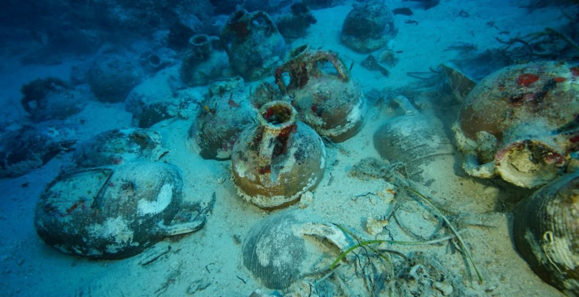 Amazing Ancient Roman Shipwreck discovered in Kefalonia 1