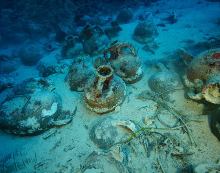 Amazing Ancient Roman Shipwreck discovered in Kefalonia 10