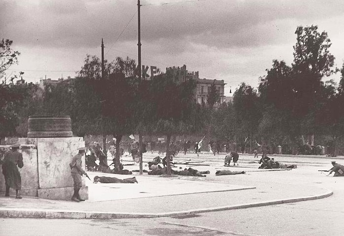 On this day in 1944, Dekemvriana shots are fired in Athens 6