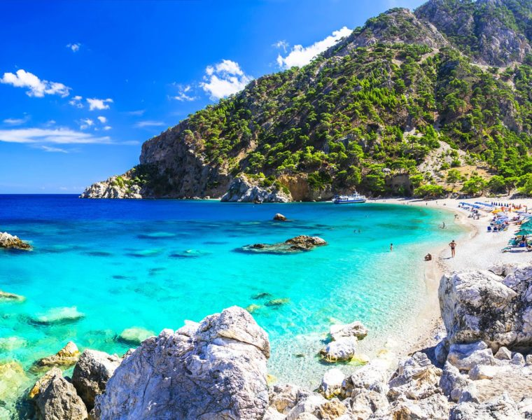 """Russia names Greece """"Best Beach Holiday Destination for 2019"""" 2"""