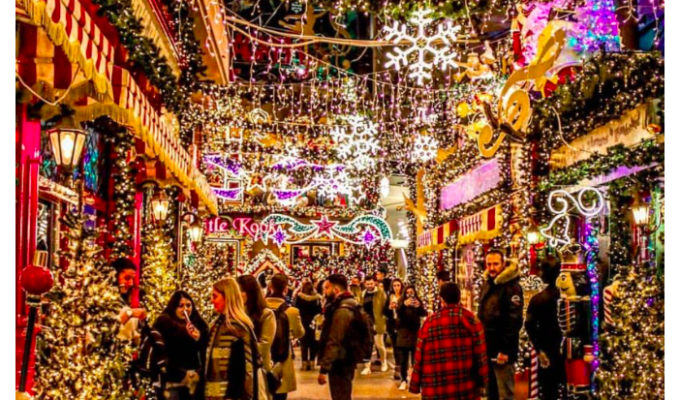 Why We Can't Wait for Christmas in Athens 10