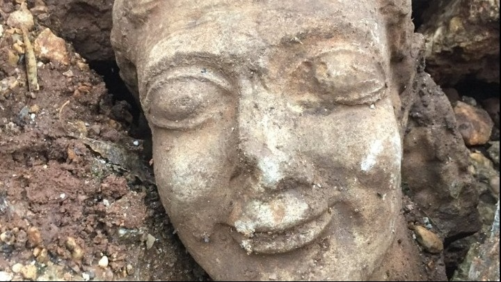 Man arrested after attempting to sell off ancient artefact for 500,000 euros 2