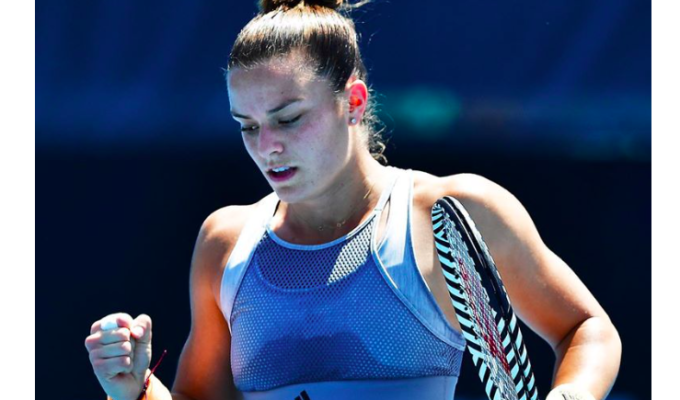 Maria Sakkari smashes her way through first round of Australian Open 1
