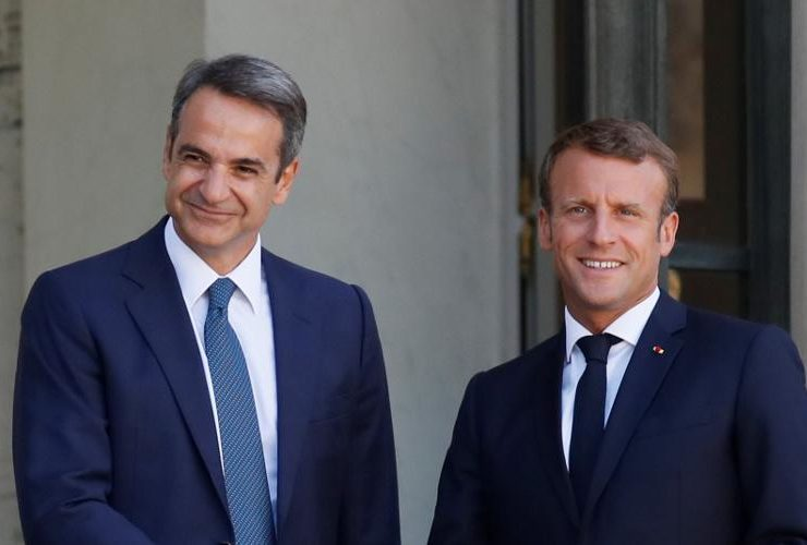 Emmanuel Macron and Mitsotakis