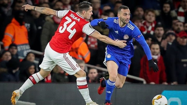 Olympiacos gun down Arsenal