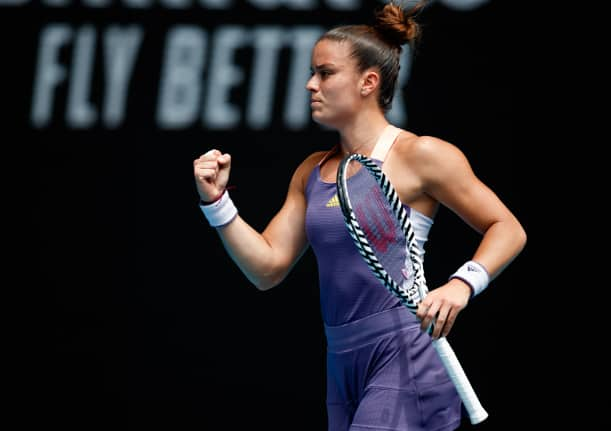Sakkari upsets Bencic in St. Petersburg