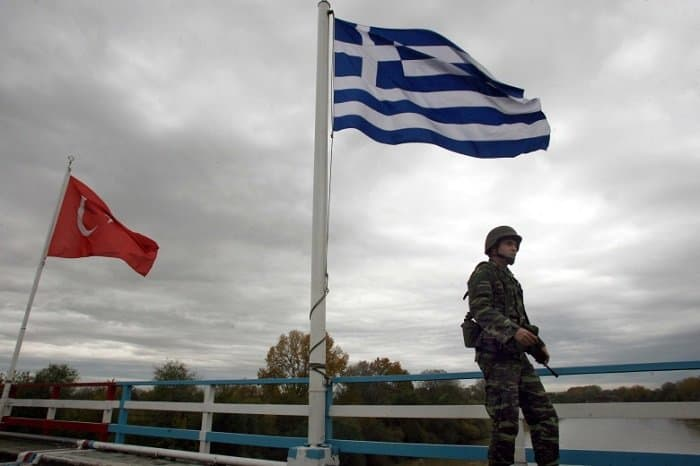Greece Suspends Border crossing  at Kastanies due to Migrant influx. Army on Alert. 3