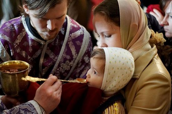 Greek Orthodox Church: Holy Communion Does Not Spread Coronavirus ...