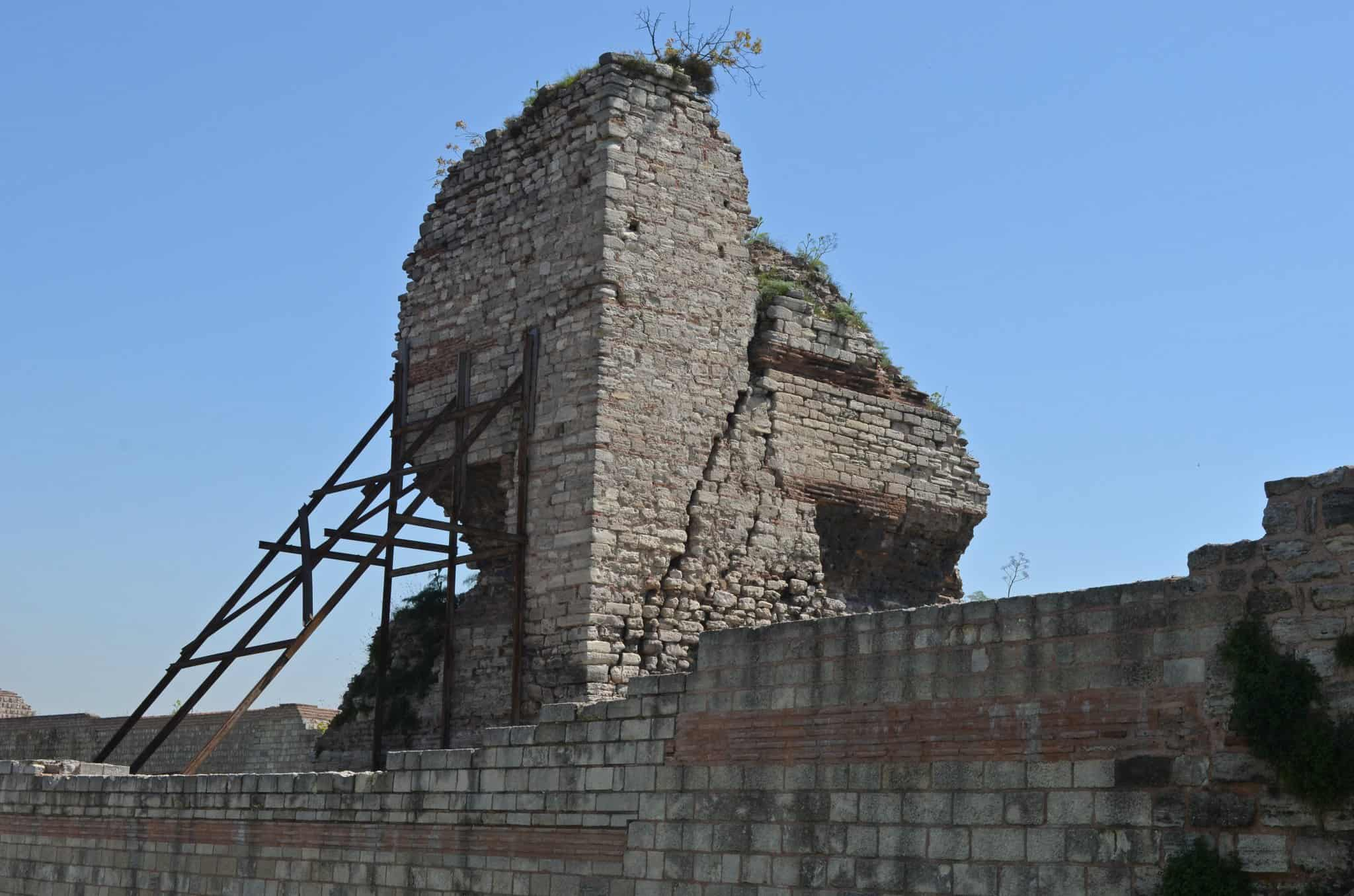 Byzantine Wall in Constantinople collapses as Turkey continues to let historical sites go into disrepair 6