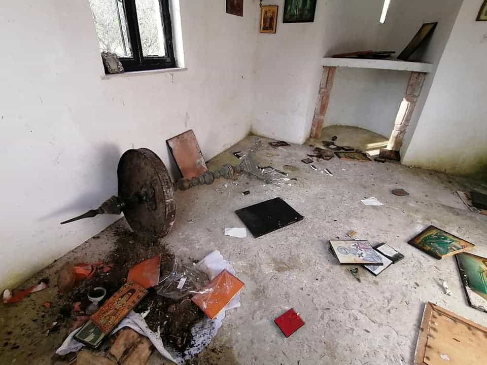 Another church trashed by illegal immigrants on Greek island 9