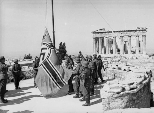 remove Nazi flag from the Acropolis