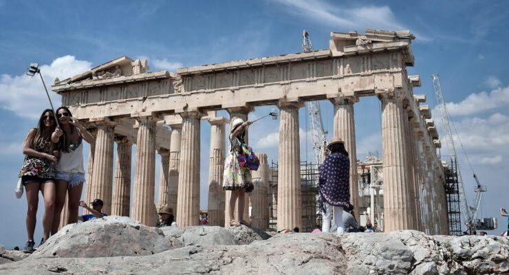 How Greek tourism may evolve in Covid-19 reality 4