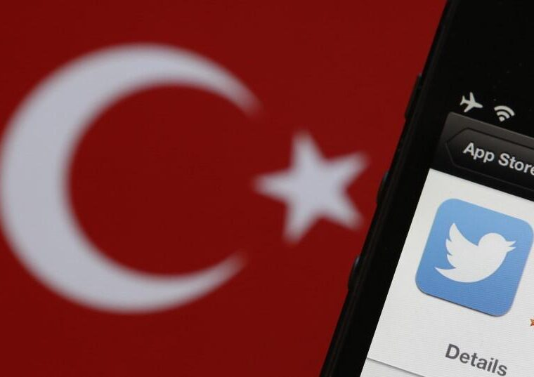 Twitter closes down 7,340 Erdoğan-backed troll accounts 18
