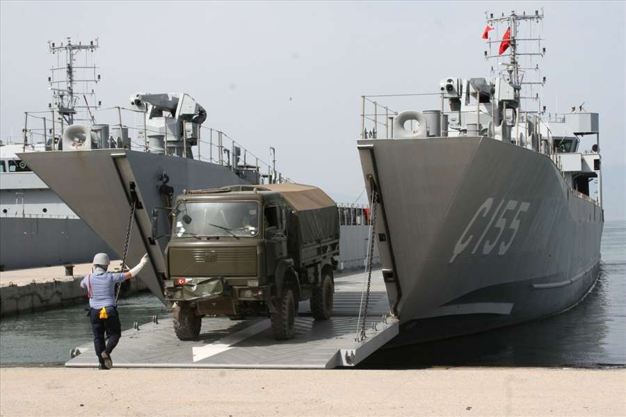 Turkey conducts exercises on 'how to invade Greek islands' (PHOTOS) 25
