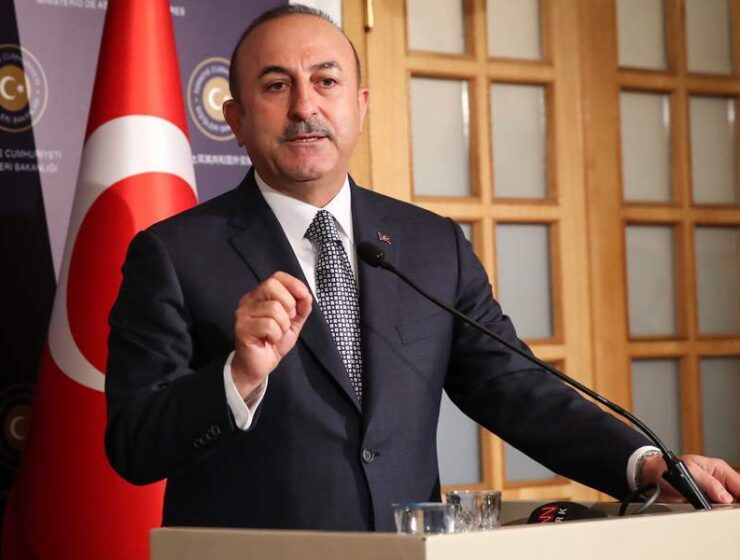 Turkish FM expresses anger that Greece adheres to international law with the maritime zones 9