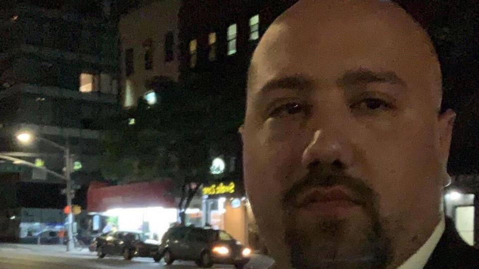 Greek-American killed by New York police as neighbour clapped 2