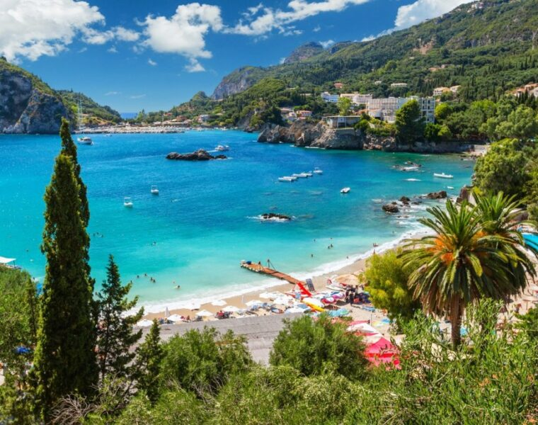 Greece is the top choice for Italians wanting to travel abroad 2