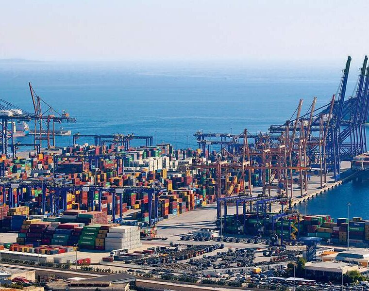 Greece is in the world's top 10 shipping centres 1