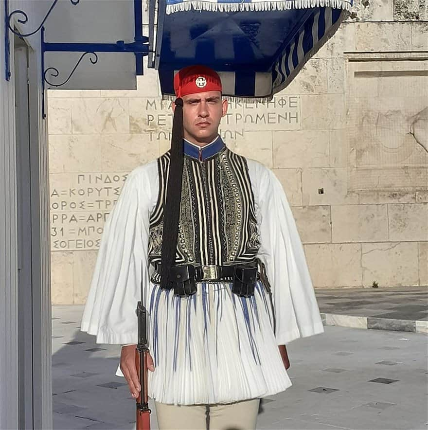 Andreas Holevas: The American-born Greek Presidential Guard 4